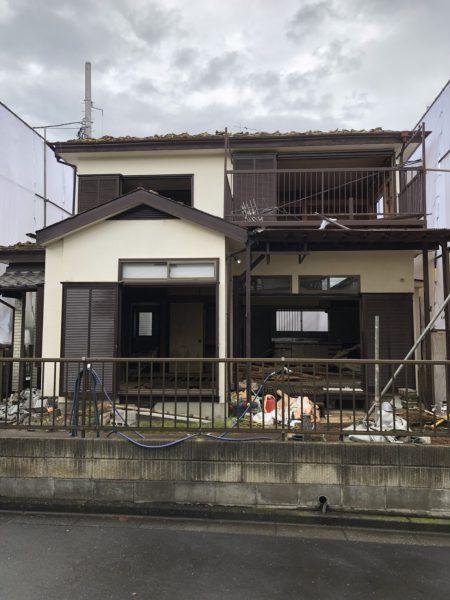 武蔵村山市学園の解体工事を行いました。