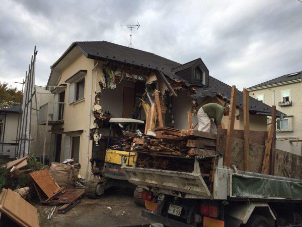 川崎市麻生区万福寺の解体工事を行いました。