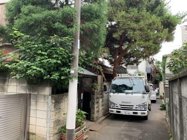 世田谷区羽根木の解体工事を行いました。