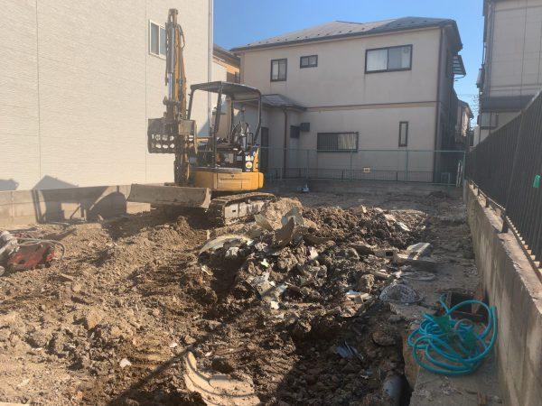 草加市瀬崎 地中解体工事を行いました。