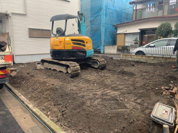 川口市芝中田 地中埋設物撤去工事を行いました。