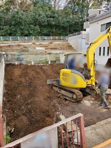 足立区本木北町 地中埋設物撤去工事を行いました。