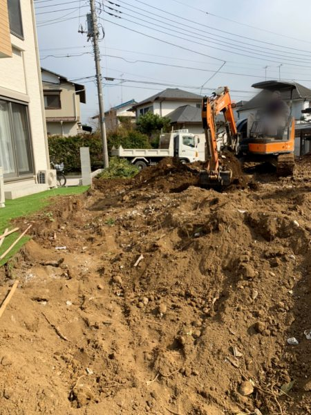 東村山市諏訪町 地中埋設物撤去工事を行いました。