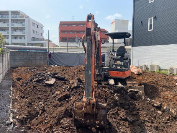 練馬区南田中 地中埋設物撤去工事を行いました。