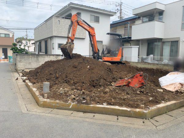 草加市氷川町 地中埋設撤去工事を行いました。