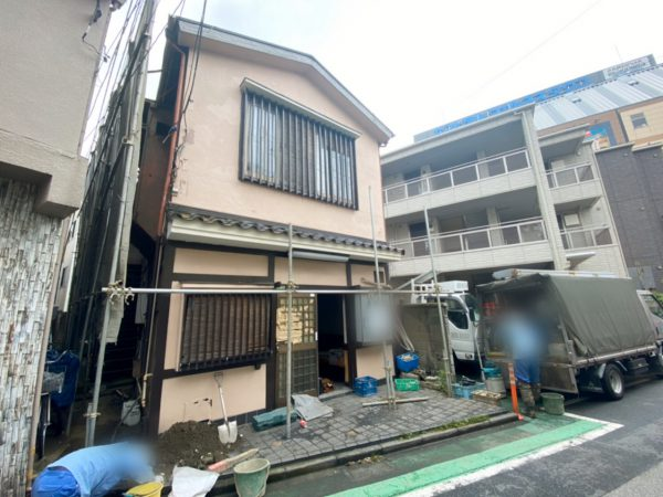 足立区西新井栄町 解体工事を行いました。