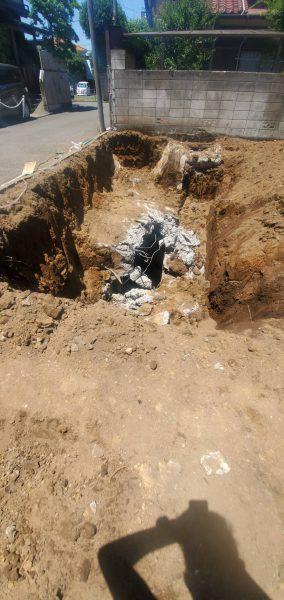 三鷹市井の頭 地中埋設物撤去工事を行いました。