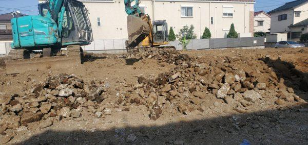 足立区辰沼 地中埋設物撤去を行いました。
