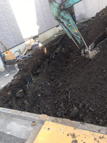 川越市岸町 地中埋設物撤去を行いました。