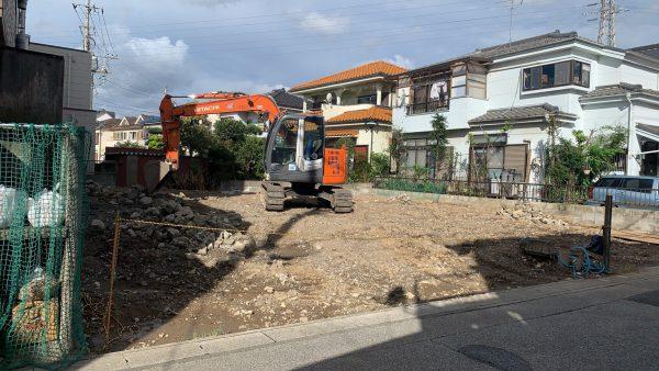 草加市新里町 地中埋設物撤去を行いました。