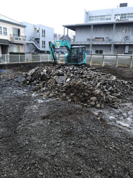 立川市栄町 地中埋設物撤去を行いました。