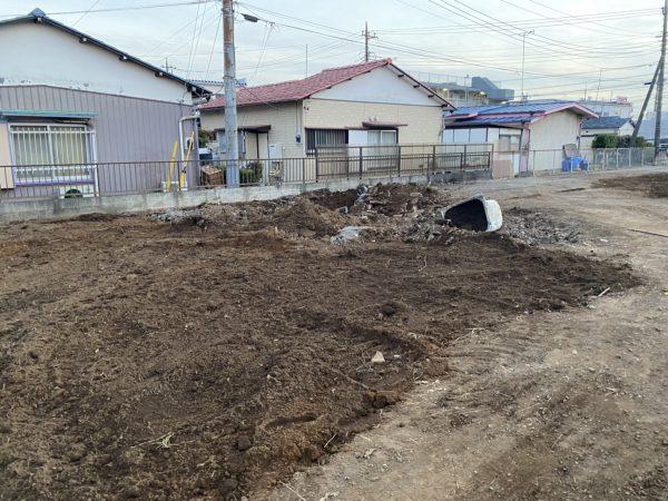 西多摩郡瑞穂町石畑 地中埋設物撤去を行いました。