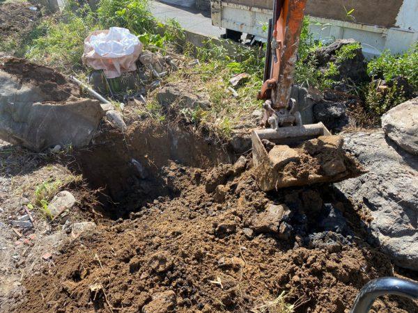千葉市中央区旭町 地中埋設物撤去を行いました。