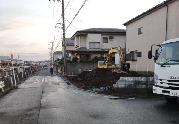 大和市深見 地中埋設物撤去を行いました。